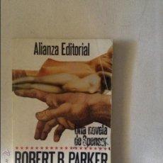 Libros de segunda mano: CEREMONIA ROBERT B PARKER. Lote 46817466