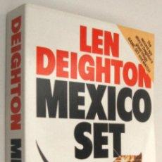 Libros de segunda mano: MEXICO SET - LEN DEIGHTON - EN INGLES *. Lote 54977422
