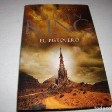 Libros de segunda mano: STEPHEN KING - LA TORRE OSCURA I - EL PISTOLERO - PLAZA & JANES - 1ª EDICIÓN . Lote 98640064