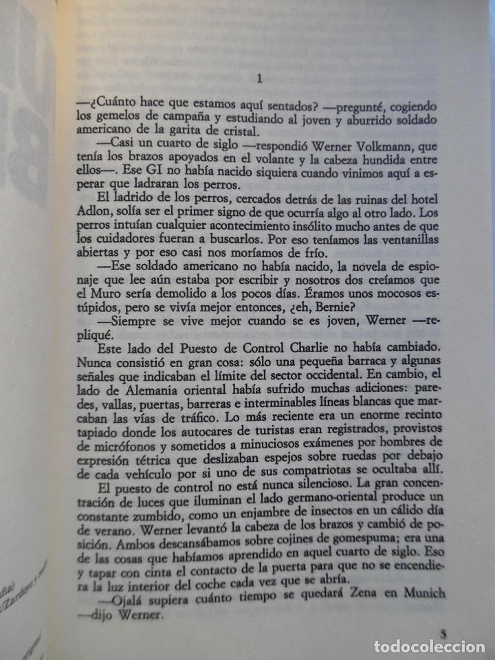 Libros de segunda mano: Deighton. La trilogía: Juego Berlín, Set México y Partido Londres. Len Deighton. Guerra de espías - Foto 6 - 72818483