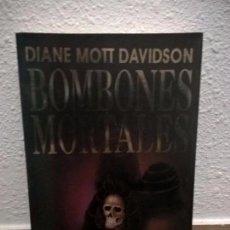 Libros de segunda mano: BOMBONES MORTALES. DIANE MOTT DAVIDSON. PLAZA JANES 1ª EDICION 1993.. Lote 74388359