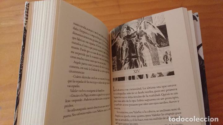 Libros de segunda mano: DOS VELAS PARA EL DIABLO (LAURA GALLEGO) (SM, 2008) +410 pág. - Foto 3 - 74395499