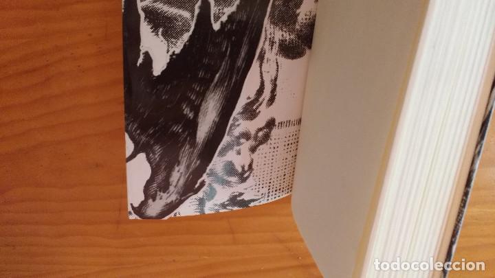 Libros de segunda mano: DOS VELAS PARA EL DIABLO (LAURA GALLEGO) (SM, 2008) +410 pág. - Foto 5 - 74395499