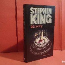 Libros de segunda mano: MISERY STEPHEN KING TAPA DURA Y SOBRECUBIERTA ED. CIRCULO DE LECTORES 895. Lote 104003236