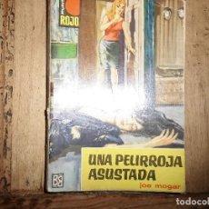 Libros de segunda mano: PUNTO ROJO Nº 73 UNA PELIRROJA ASUSTADA JOE MOGAR BRUGUERA. Lote 95777339
