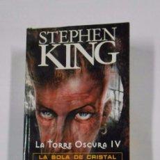 Libros de segunda mano: LA TORRE OSCURA IV. LA BOLA DE CRISTAL. STEPHEN KING. TDK325. Lote 102722799