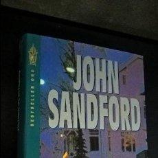 Libros de segunda mano: VICTIMA DE INVIERNO. JOHN SANDFORD. GRIJALBO PRIMERA EDICION 1994. BESTSELLER ORO. TAPA DURA CON SOB. Lote 107092423
