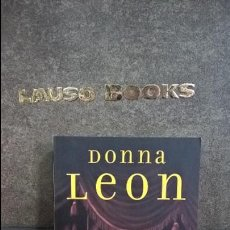 Libros de segunda mano: DONNA LEON. MUERTE EN LA FENICE. . Lote 109280871