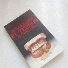 Libros de segunda mano: ARTHUR MACHEN. EL TERROR. ALIANZA EDITORIAL NUEVO SIN LEER. Lote 144975582