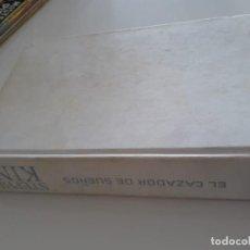 Libros de segunda mano: EL CAZADOR DE SUEÑOS - STEPHEN KING - PLAZA & JANÉS, RARA ED, PRIMERA: 2001. Lote 130096711