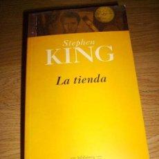Libros de segunda mano: STEPHEN KING - LA TIENDA - DEBOLSILLO. Lote 139345110