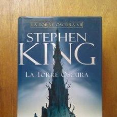 Libros de segunda mano: LA TORRE OSCURA VII, STEPHEN KING, TAPA DURA, PLAZA & JANES, 2006. Lote 140338582