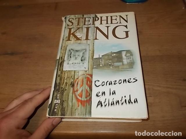 STEPHEN KING. CORAZONES EN LA ATLÁNTIDA. PLAZA & JANÉS. 1ª EDICIÓN 1999. EXCELENTE EJEMPLAR. FOTOS. (Libros de segunda mano (posteriores a 1936) - Literatura - Narrativa - Terror, Misterio y Policíaco)
