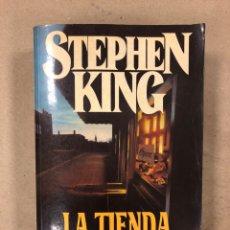 Libros de segunda mano: LA TIENDA. STEPHEN KING. EDICIONES B 1994 (1ªEDICIÓN).. Lote 161709036