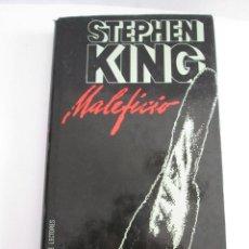 Libros de segunda mano: STEPHEN KING - MALEFICIO - 1986 - 294 PAGINAS - CIRCULO DE LECTORES - TAPAS DURAS CON SOBRECUBIERTA. Lote 162102218