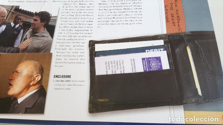 Libros de segunda mano: THE BILL - EL LIBRO DE CASOS OFICIALES - PRUEBAS Y EVIDENCIAS REALES - EN INGLES - 31X28.5.CM - Foto 5 - 168732140