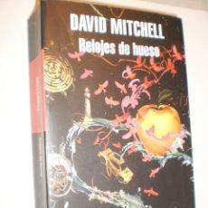 Libros de segunda mano: DAVID MITCHELL RELOJES DE HUESO. RANDOM HOUSE 2016 711 PÁG (SEMINUEVO). Lote 168947156