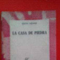 Libros de segunda mano: LA CASA DE PIEDRA. EDITH HOWIE. COLECCIÓN AUSTRAL Nº1366 1ªED.1966 ESPASA CALPE. Lote 177662942