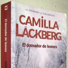 Libros de segunda mano: EL DOMADOR DE LEONES - CAMILLA LACKBERG. Lote 182589822