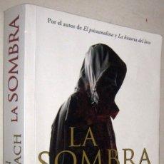 Libros de segunda mano: LA SOMBRA - JOHN KATZENBACH. Lote 182613890