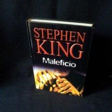 Libros de segunda mano: STEPHEN KING - MALEFICIO - RBA EDITORES 2004. Lote 189171683