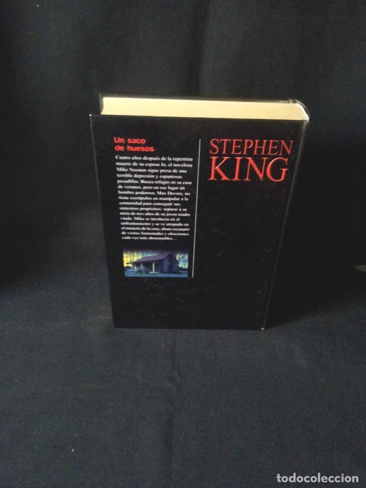 Libros de segunda mano: STEPHEN KING - UN SACO DE HUESOS - RBA EDITORES 2003 - Foto 2 - 189171768