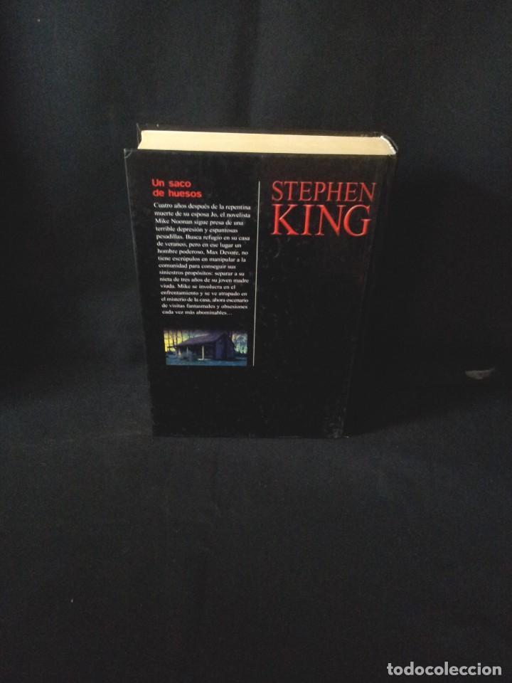 Libros de segunda mano: STEPHEN KING - UN SACO DE HUESOS - RBA EDITORES 2004 - Foto 2 - 189172242