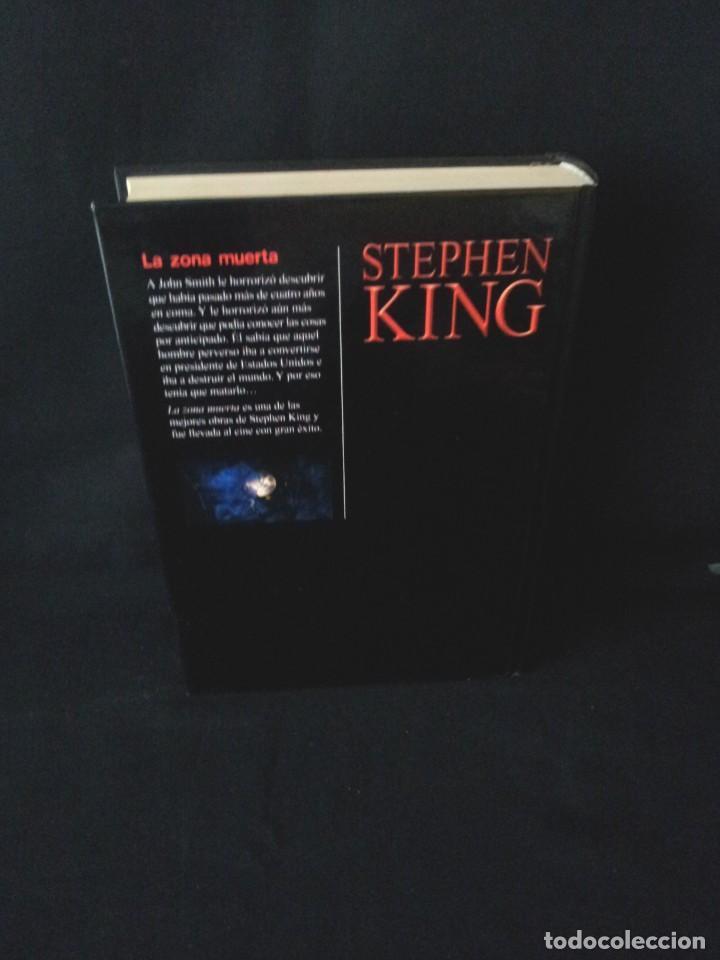 Libros de segunda mano: STEPHEN KING - LA ZONA MUERTA - RBA EDITORES 2004 - Foto 2 - 189172566