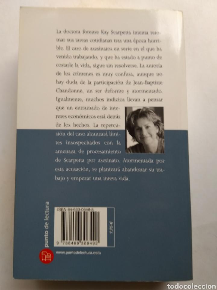 Libros de segunda mano: EL ÚLTIMO REDUCTO/PATRIA CORNWELL - Foto 2 - 195383116