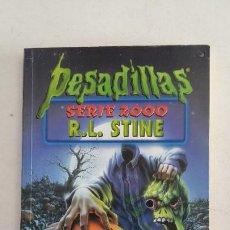 Libros de segunda mano: LOS MONSTRUOS SIN CABEZA. - R.L. STINE - PESADILLAS SERIE 2000 Nº 10. TDK180. Lote 217583761