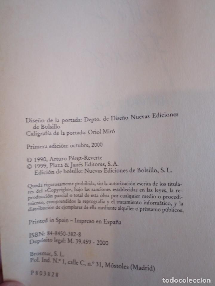Libros de segunda mano: 562-LA TABLA DE FLANDES, Arturo Perez Reverte, 2000 - Foto 4 - 208424532
