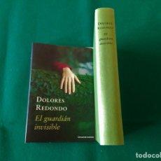 Libros de segunda mano: EL GUARDIÁN INVISIBLE - DOLORES REDONDO - CIRCULO DE LECTORES - AÑO 2013. Lote 215488238