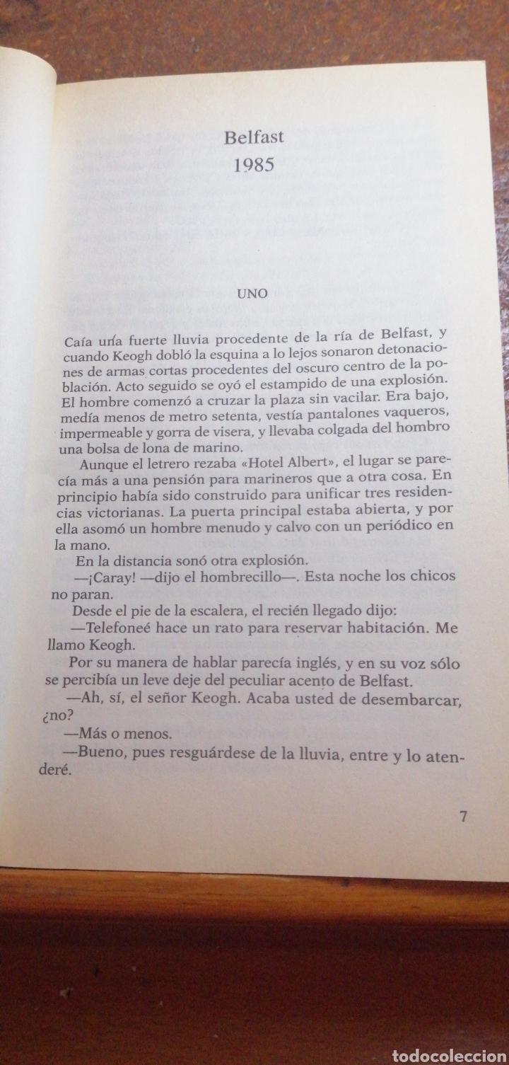 Libros de segunda mano: UN PACTO CON EL DIABLO DE JACK HIGGINS - Foto 3 - 215979056