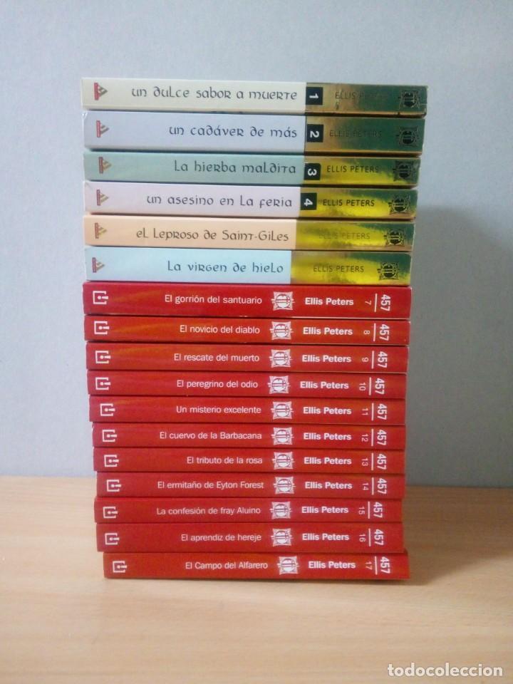 Libros de segunda mano: LOTE DE 17 LIBROS DE EL MONJE DETECTIVE DE ELLIS PETERS - Foto 3 - 216902673