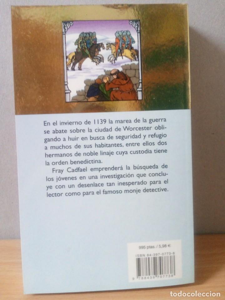 Libros de segunda mano: LOTE DE 17 LIBROS DE EL MONJE DETECTIVE DE ELLIS PETERS - Foto 15 - 216902673