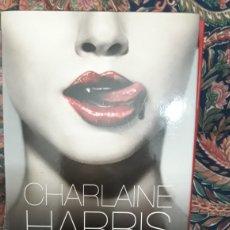 Libros de segunda mano: TRUE BLOOD DE CHARLAINE HARRIS (5 NOVELAS). Lote 218744830