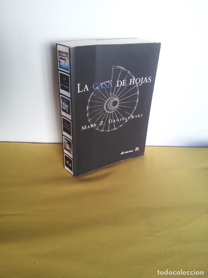 MARK Z. DANIELEWSKI - LA CASA DE HOJAS - EDITORIAL PÁLIDO FUEGO 2013 (Libros de segunda mano (posteriores a 1936) - Literatura - Narrativa - Terror, Misterio y Policíaco)