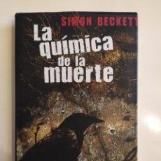 Libros de segunda mano: LA QUÍMICA DE LA MUERTE - SIMON BECKETT - CÍRCULO DE LECTORES, 2008. Lote 221721481