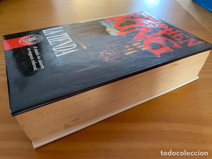 Libros de segunda mano: LIBRO STEPHEN KING - LA TIENDA - EDICIONES B 1ª ED. 1992 - TAPA DURA Y SOBRECUBIERTA - Foto 3 - 222136735