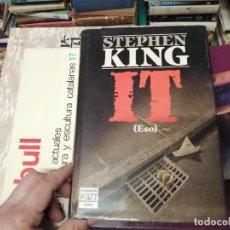 Libros de segunda mano: STEPHEN KING . IT ( ESO ). PLAZA & JANÉS . 1988. ILUSTRACIÓN PORTADA BOB GIUSTI. TAPA DURA. Lote 234468335
