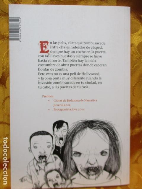 Libros de segunda mano: Una de zombis - de Patricia Martín Pinillos - COMO NUEVO - Foto 7 - 236849200