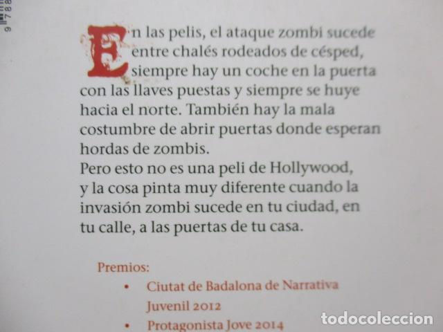 Libros de segunda mano: Una de zombis - de Patricia Martín Pinillos - COMO NUEVO - Foto 8 - 236849200