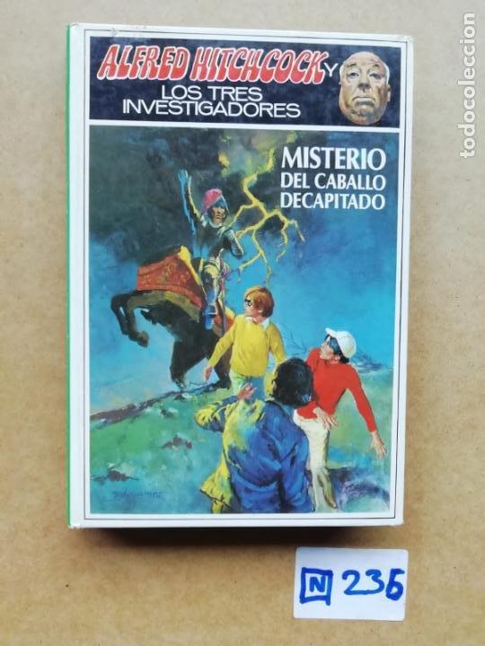 ALFRED HITCHCOCK (Libros de segunda mano (posteriores a 1936) - Literatura - Narrativa - Terror, Misterio y Policíaco)