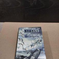 Libros de segunda mano: LITERATURA.....ELIZABETH GEORGE...........EL PRECIO DEL ENGAÑO......1999...... Lote 248457745