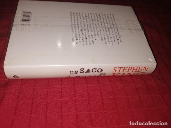 Libros de segunda mano: Stephen King , un saco de huesos - Foto 2 - 253354700