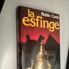 Libros de segunda mano: LA ESFINGE / ROBIN COOK / CÍRCULO DE LECTORES. Lote 255335765