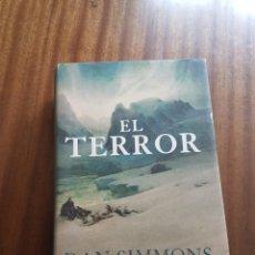 Libros de segunda mano: NOVELA TITULADA EL TERROR DE DAN SIMMONS. Lote 260352015