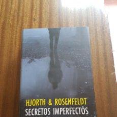 Libros de segunda mano: NOVELA TITULADA SECRETOS IMPERFECTOS. Lote 260353355