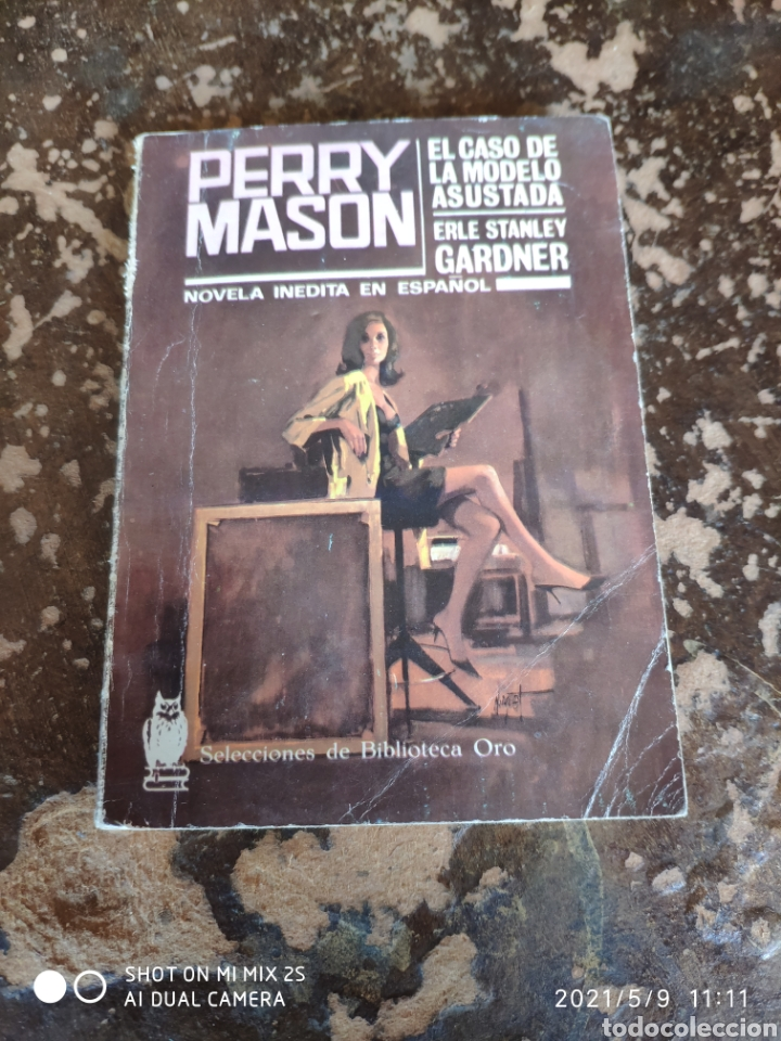 PERRY MASON, EL CASO DE LA MODELO ASUSTADA (ERLE STANLEY GARDNER) (BIBLIOTECA DE ORO) (ED. MOLINO) (Libros de segunda mano (posteriores a 1936) - Literatura - Narrativa - Terror, Misterio y Policíaco)