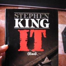Libri di seconda mano: IT STEPHEN KING PRIMERA EDICIÓN PLAZA Y JANES. Lote 280721338